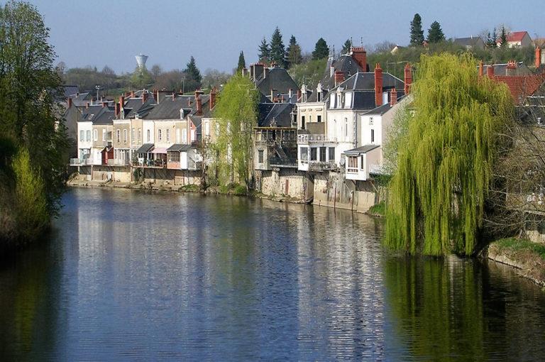 les plus belles villes les petites villes au bord de l 39 eau. Black Bedroom Furniture Sets. Home Design Ideas
